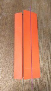 オレンジの折ったの折り紙