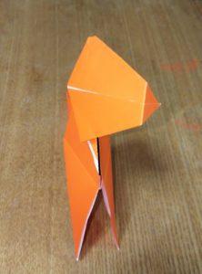 オレンジの折り紙で作ったティラノサウルス