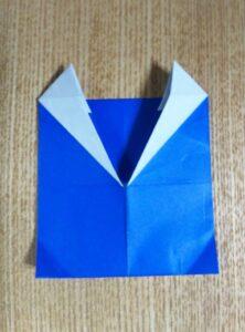 一枚の青い折り紙で作った鬼